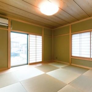 琉球畳の素敵な和室