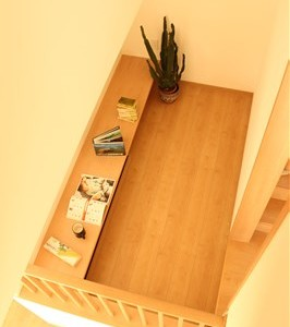 2階から書斎を